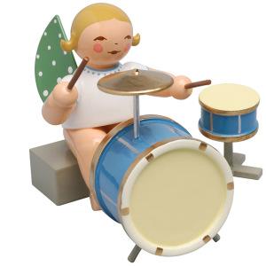 Engel-mit-zweiteiligem-Schlagzeug