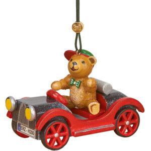 Auto-mit-Teddy